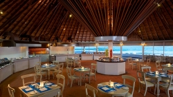 Dhonveli Resort MAAKANA RESTAURANT – FOR A BIRD'S EYE VIEW