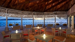 Cinnamon Dhonveli Resort Maldives RAIYVILAA SUNSET TERRACE BAR – FOR A MEETING WITH THE SKY
