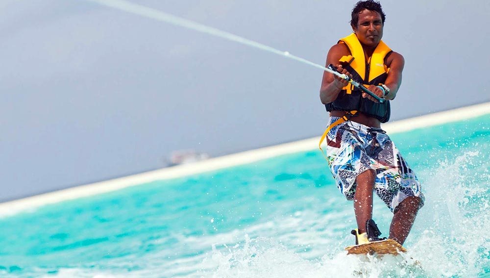 Kuramathi Island Resort Aqua Sports & Fun