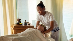 Anantara Spa treatment cropped
