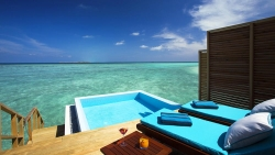 Water Bungalow with Pool