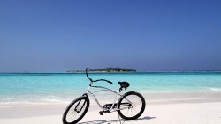 Kanuhura Malediven Preise Bike around the island
