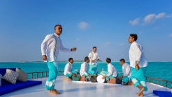 Kanuhura Sun Resort Sunset Bodu Beru Cruise & Champagne